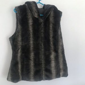 Faux Fur Lined Hooded Vest Sz M